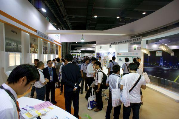 Genesis Photonics showcases LED street lamps adopting its flip-chip-packaged high-power MATCH LED at the 2013 Guangzhou International Lighting Ex