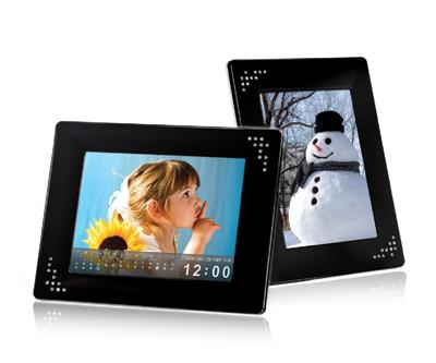 Transcend new 8-inch digital photo frame - the PF810