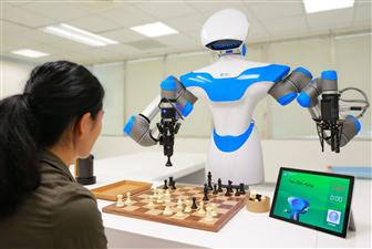 ITRI%2Ddeveloped+Intelligent+Vision+System+robot+can+play+chess