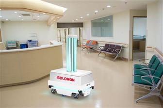 Solomon+disinfection+robot