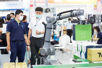 Collaborative robot shipments gaining momentum